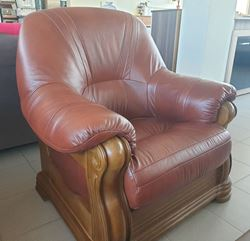Attēls  Ādas krēsls ELEGANT